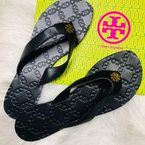 Tory Burch Monroe black leather flip flops sz 7.5